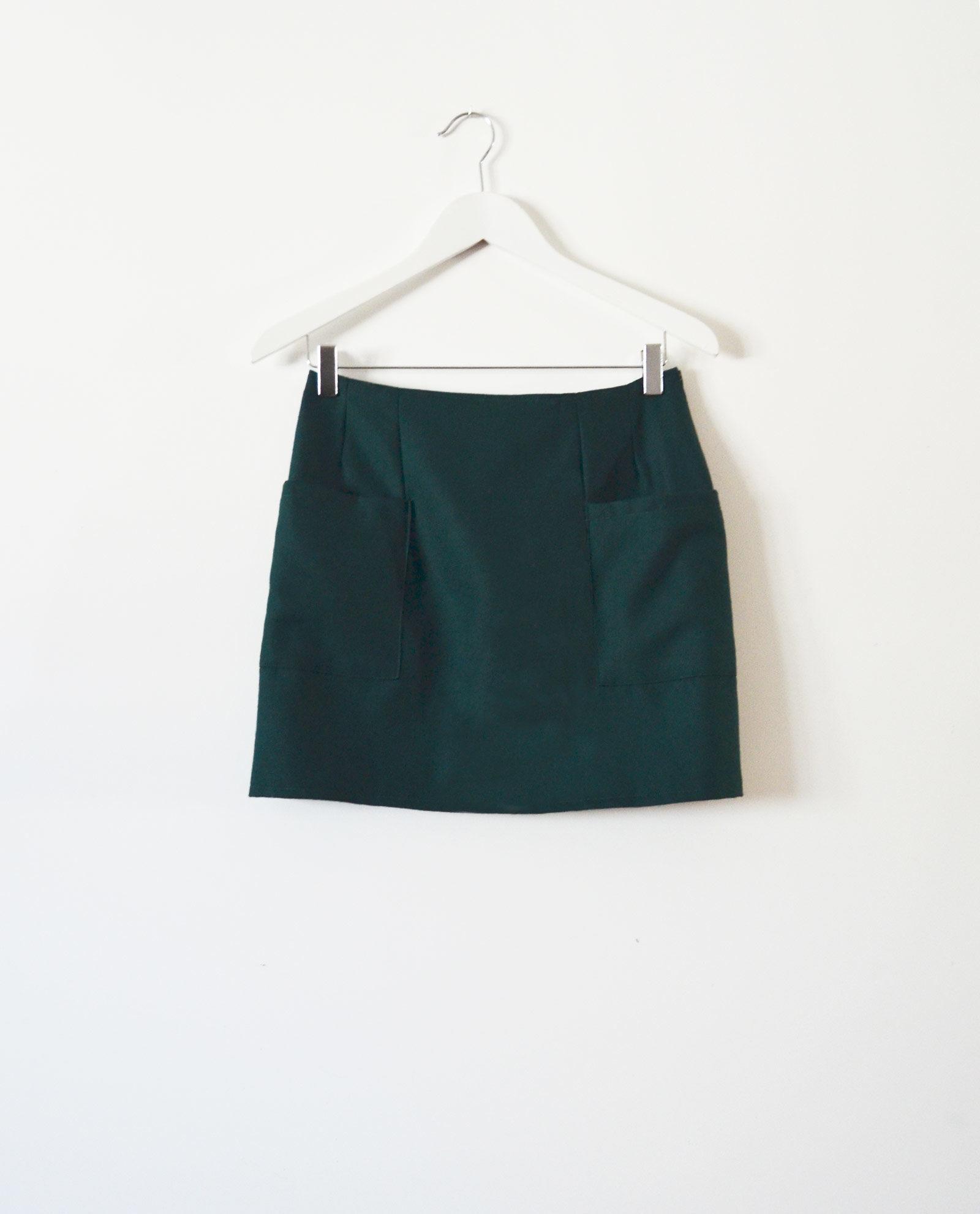 falda mini verde garsonetti
