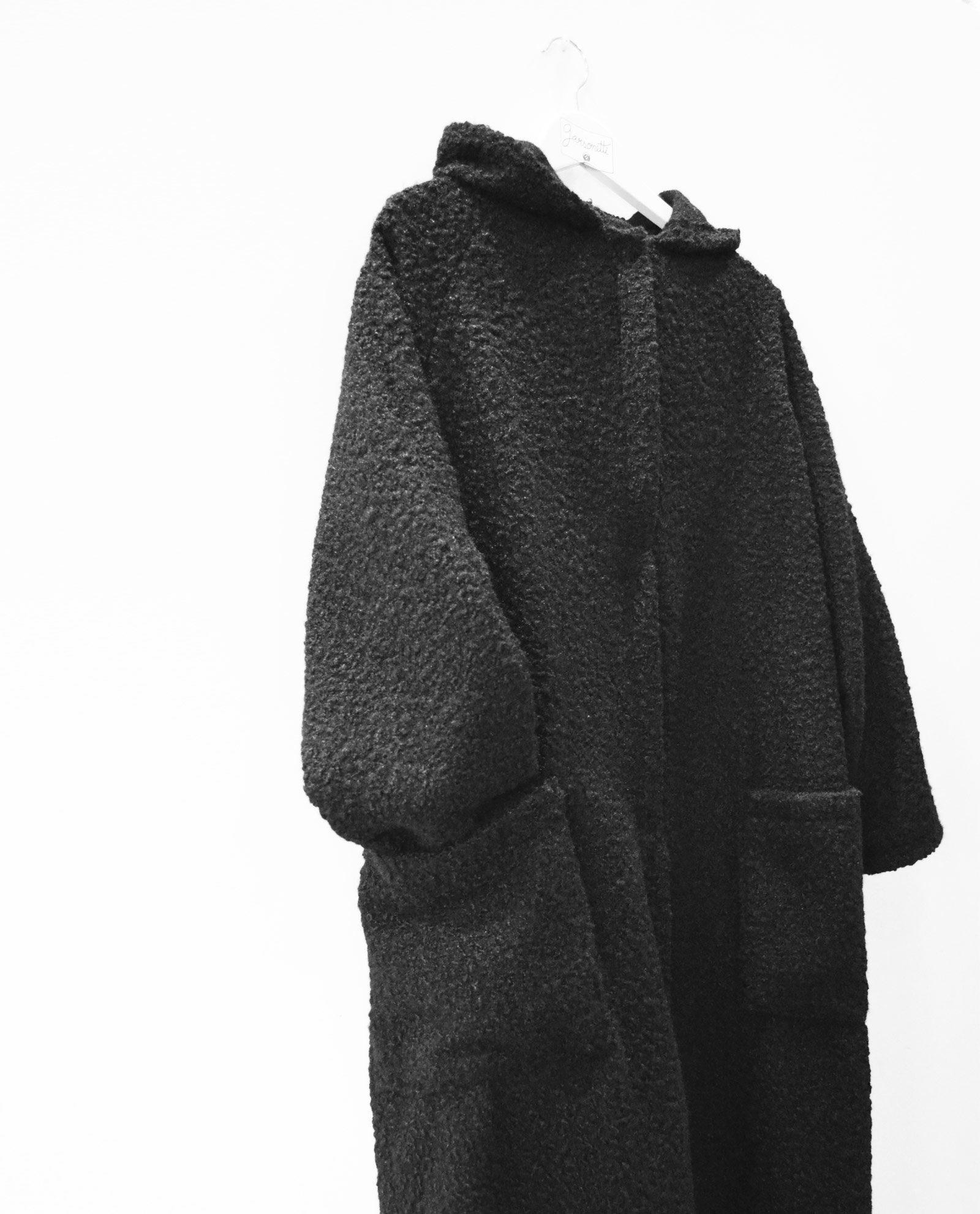 abrigo-negro-1