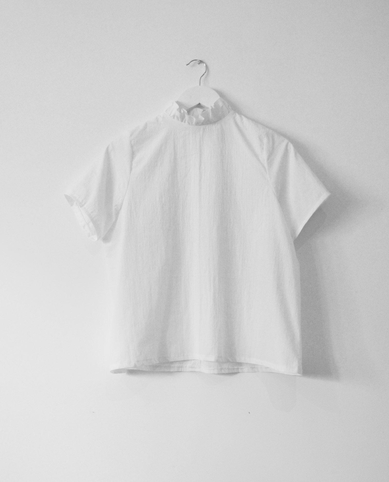 blusa-blanca-cuello-volante-2