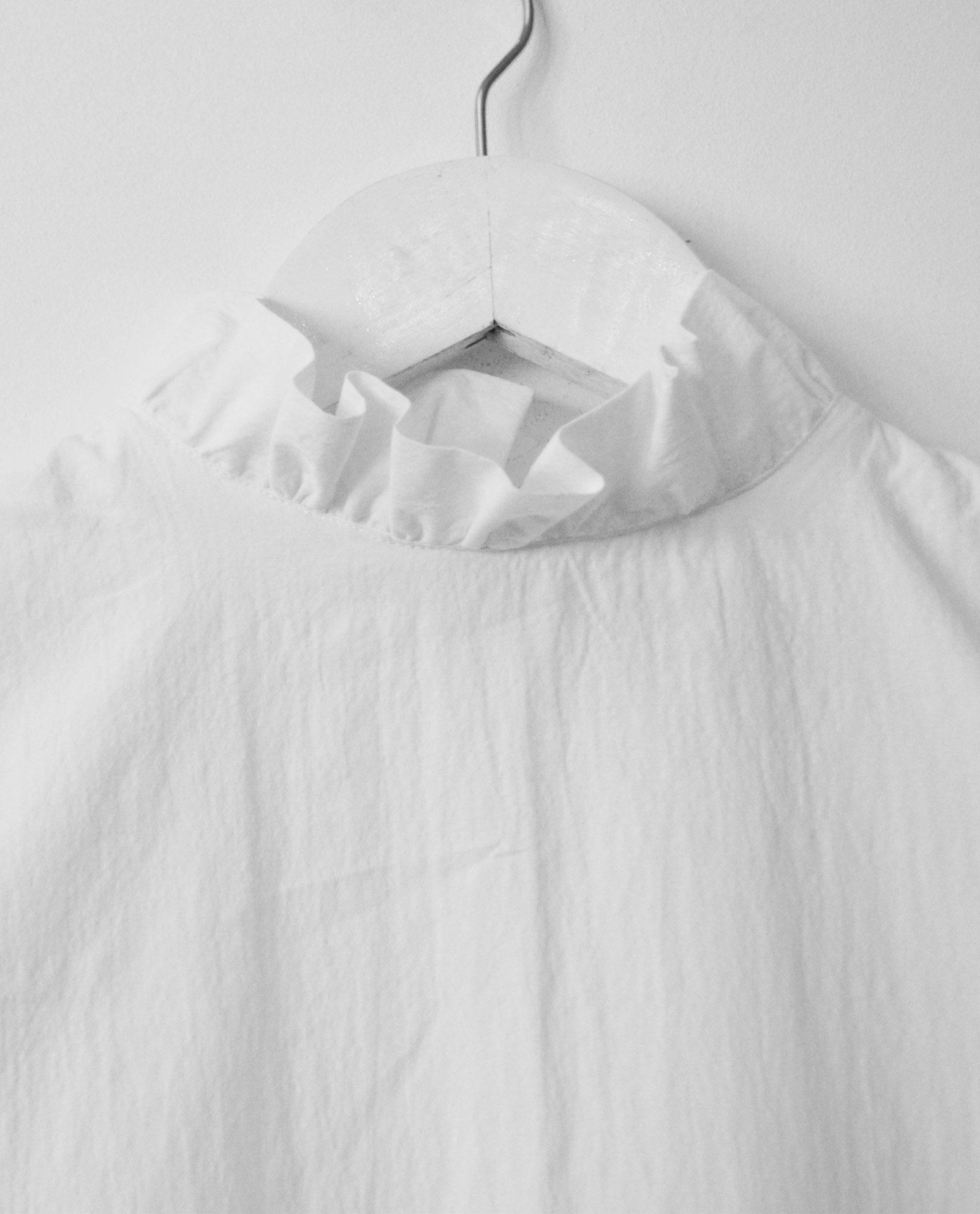 blusa-blanca-cuello-volante-3