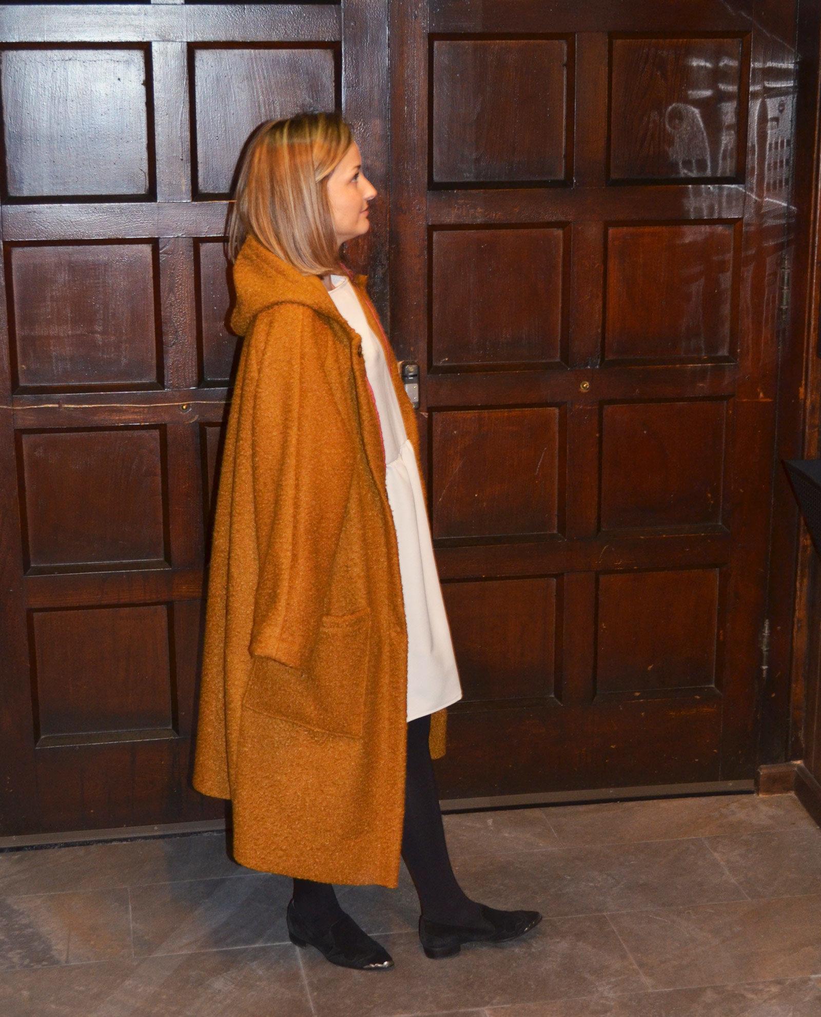 abrigo-mostaza